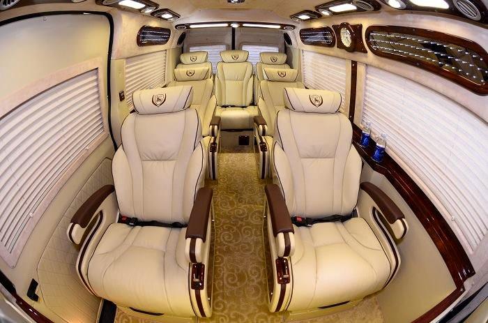 Xe Limousine đi Mộc Bài